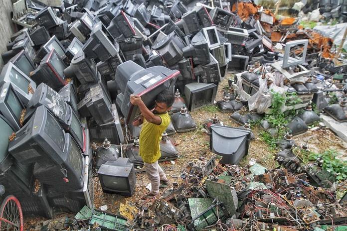 Kodėl taip svarbu atgauti kritinius žemės metalus iš elektronikos įrenginių?